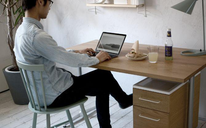 インテリアアクセサリーを、暮らしのなかに取り入れて心地の良い空間でテレワークを最適にー