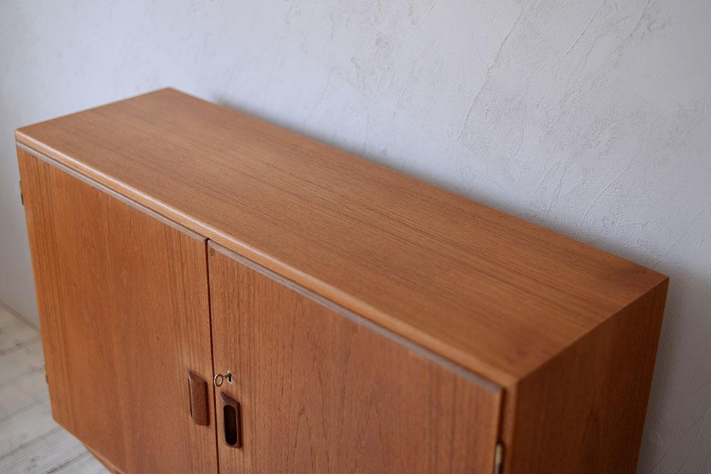 ビンテージ 北欧インテリア サイドボード キャビネット チーク 収納家具