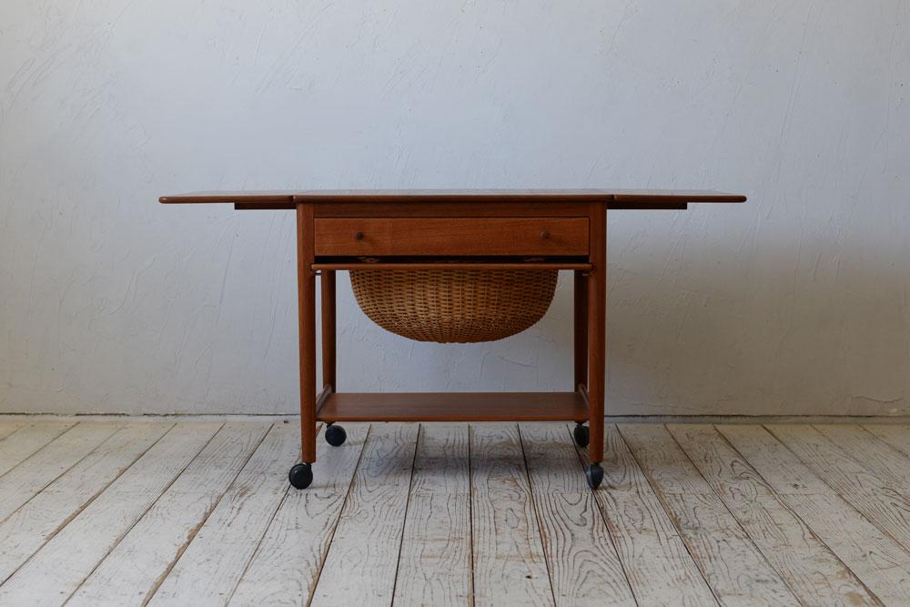 北欧ビンテージ,ハンスウェグナー,ソーイングワゴン,ソーイングテーブル,サイドテーブル